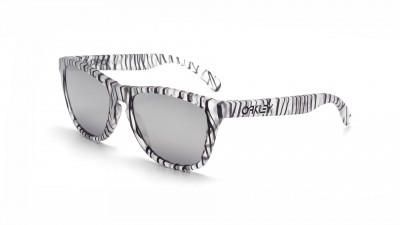 Oakley Frogskins Urban Jungle Grey OO9013 70 55-17 41,67 €